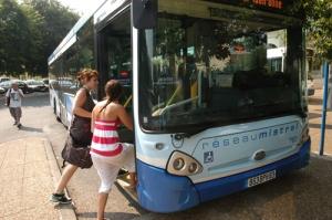 bus_reseau_mistral_-_2010_-_19.jpg
