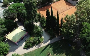 manege_tennis_jardin_olbius_riquier.jpg