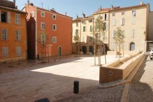 place_oustaou_rou_2011_005.jpg