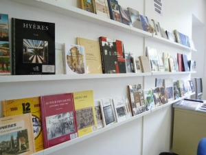 salle_lecture_archives_01.jpg