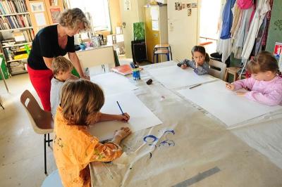 ateliers_artisanaux_enfants_peinture_1.jpg