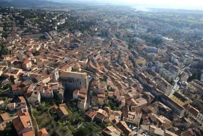 vue_drone_vieille-ville01.jpg