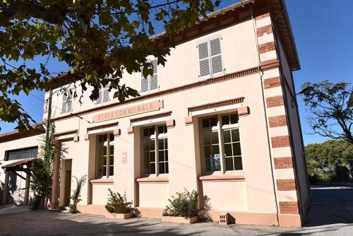 maison_des_associations_giens.jpg
