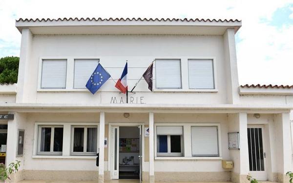 mairie_la_capte_salle_captois.jpg