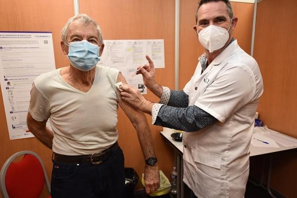 visite_prefet_centre_vaccination_2021_040.jpg