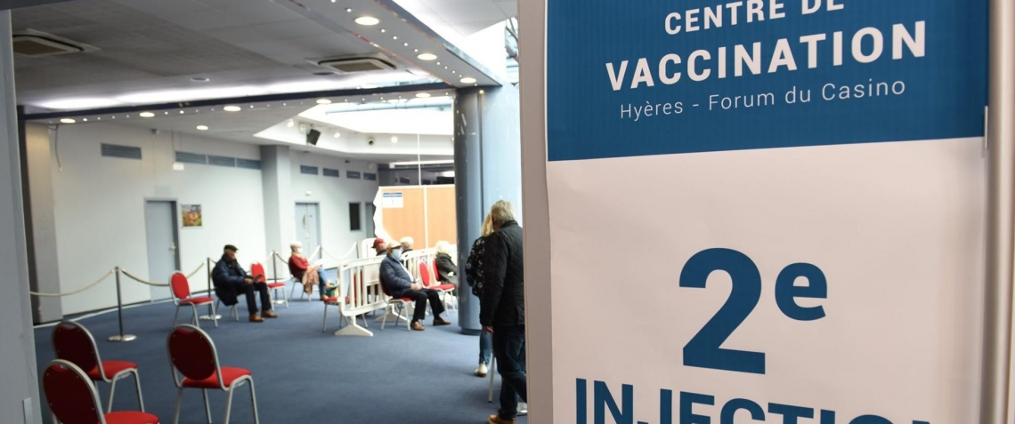 centre_de_vaccination_forum_2e_injection_1000.jpg