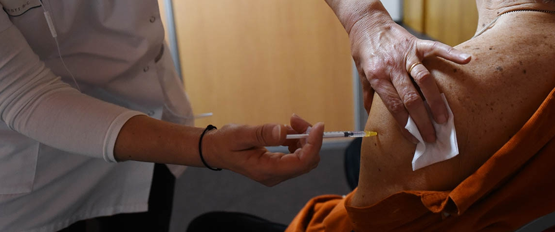 vaccination_covid_2021_051_forum_piqure_1000.jpg