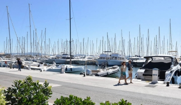 port_hyeres_quai_dhonneur_2020.jpg